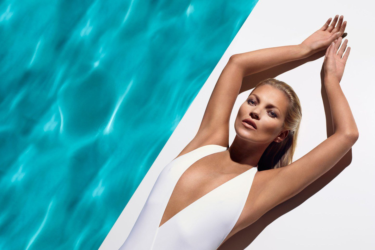 kate-moss-for-st-tropez-3-vogue-9may13-pr_b_1440x960